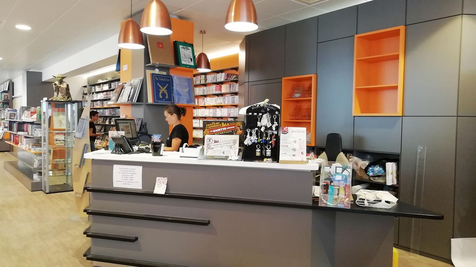 EFI Design EFI Design Librairie La Roche Sur Yon (48) 1382